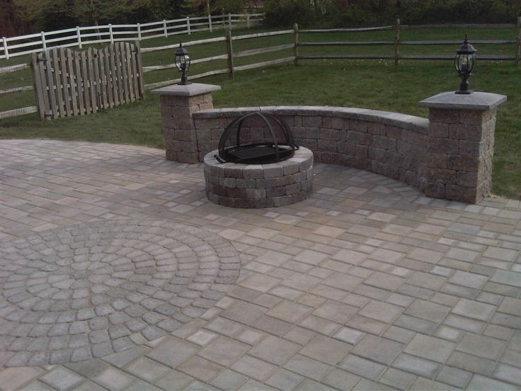 Circular Paver Patio Dominion Paver Path With Large Flower Beds