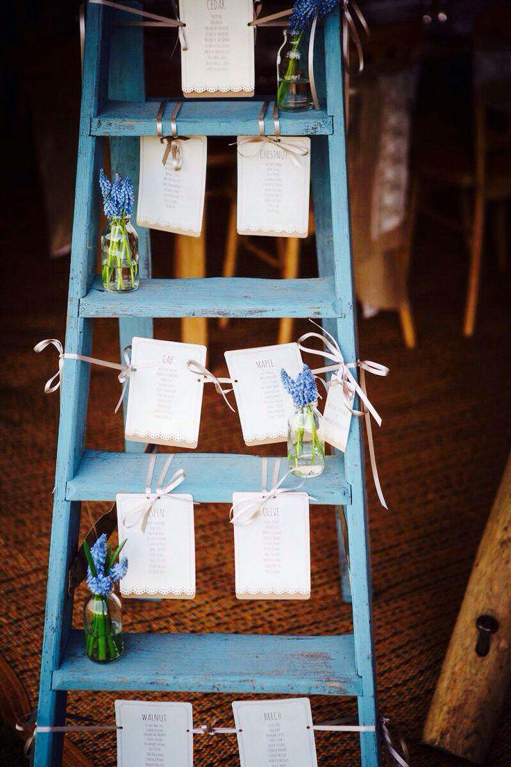 Decora tu boda con escaleras de madera mi boda diy for Escalera madera decoracion