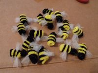 bees made from pipe cleaners | Halloween | Pinterest
