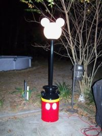 Mickey lamp post...I want one!