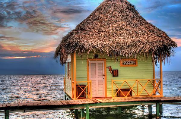 Bocas del Toro-Acqua Lodge tramonto