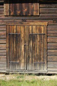Old Barn Door Pictures | www.imgkid.com - The Image Kid ...