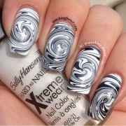 black & white swirl - nail art