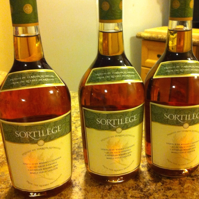 Sortilge  Maple Syrup Whiskey  Yummy Things  Pinterest