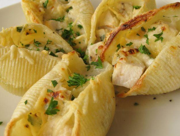 Chicken Recipes: Chicken Alfredo Pasta Shells