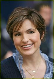 mariska hargitay cute hair