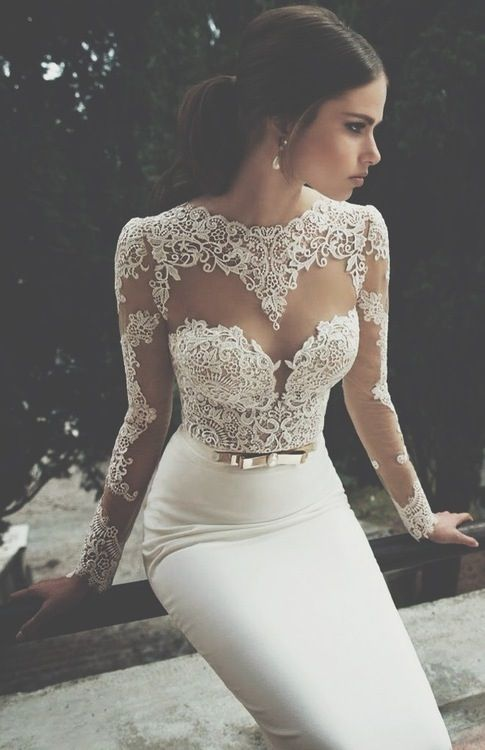 White Lace - gorgeous. Want this NOWWW