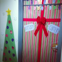 Dorm door decorations | Dorm room! | Pinterest