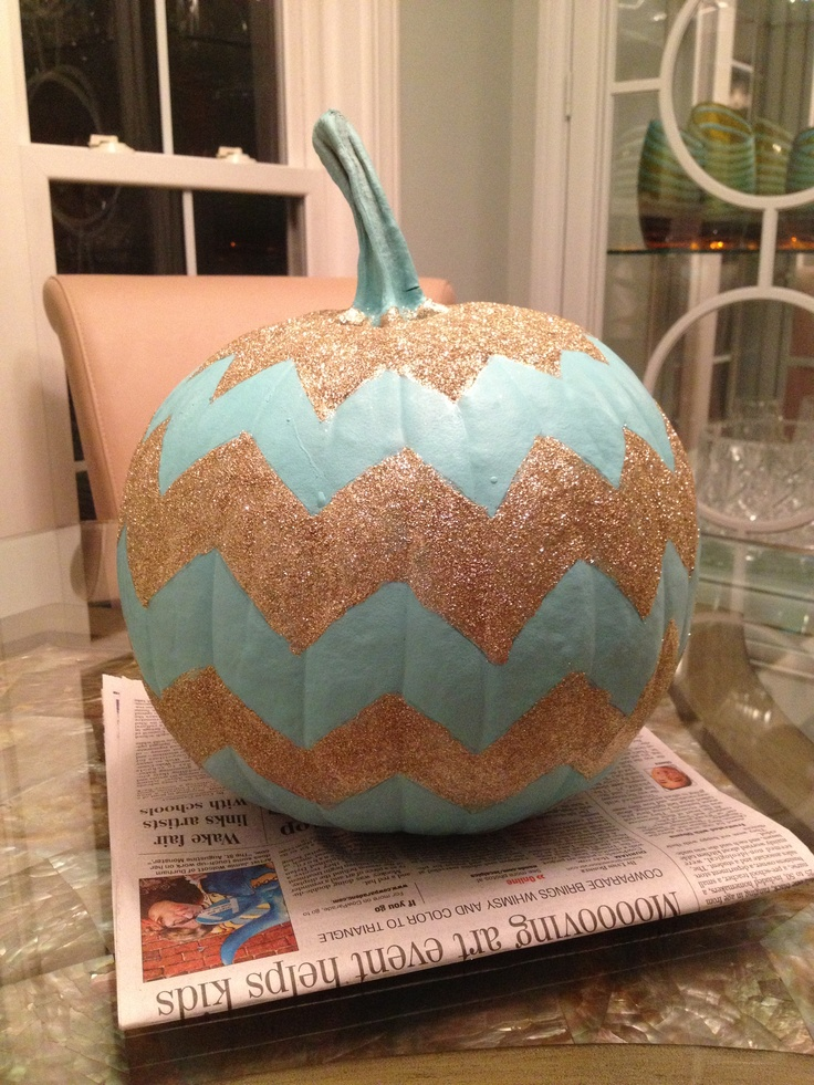 chevron pumpkin...ah I'm in love @Abi Carr  what do you think?!