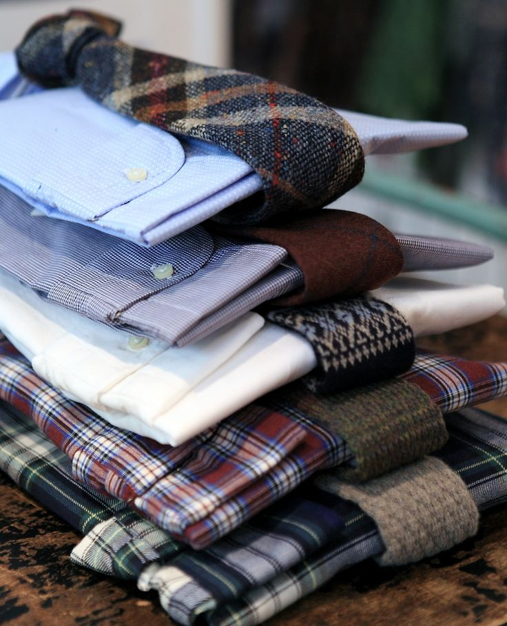 Plaids, dots, knitted, tartan or solid...It´s your choice