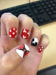 mickey mouse nail design nails