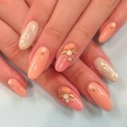 peach gem nails