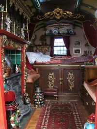A Gypsy Travels Wagons   Gypsy Living Traveling In Style
