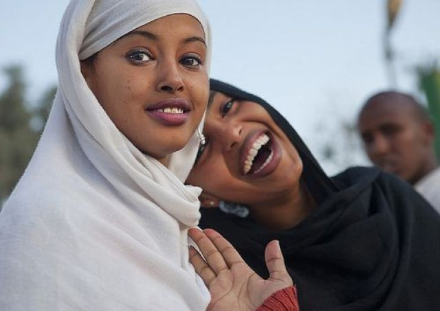 Somali woman, Laugh
