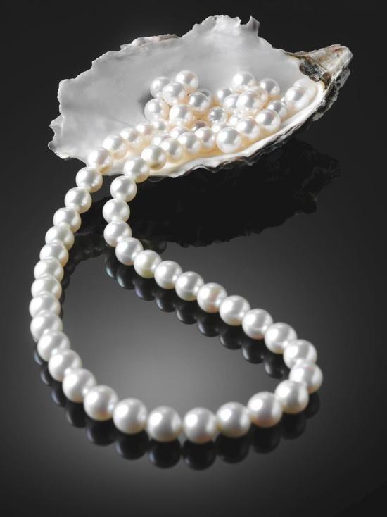 Pearl necklace - Collar de perlas