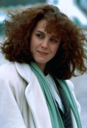 1980s hair and makeup fashions