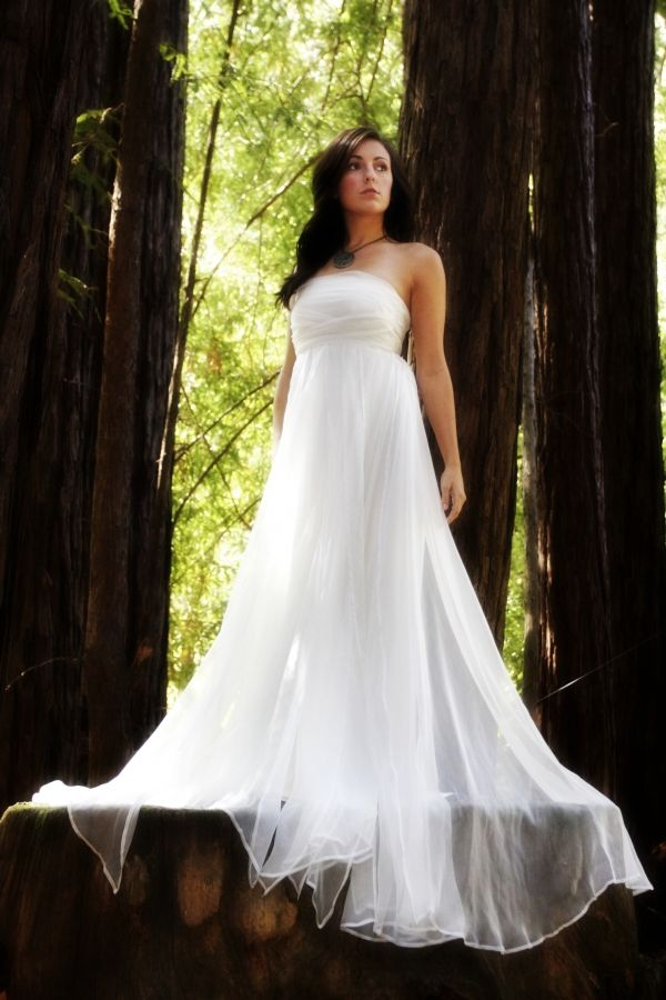 Flowing wedding dress  Products I Love  Pinterest