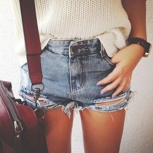 amazing shorts with watch and sweater love it!!