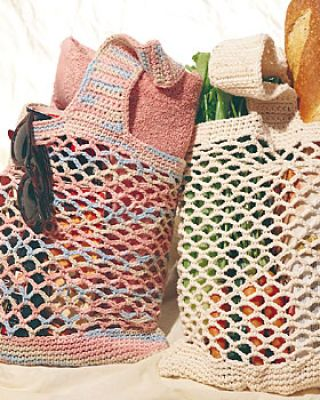 Crochet mesh bags.  Free pattern from Michaels.