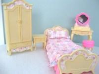 Vintage Barbie 1996 Bedroom set | Cute | Pinterest