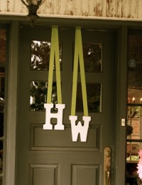 Simple Bridal Shower door decoration