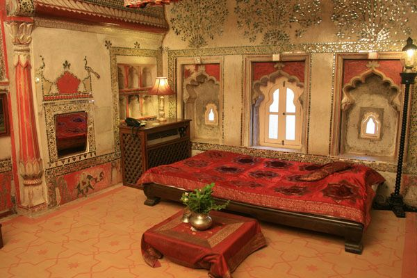 indian palace bedroom Traditional Indian luxury bedroom | Master Bedroom | Pinterest