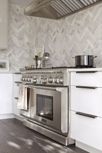 marble herringbone backsplash | For the Home | Pinterest