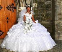 Wedding Dress Fails : theBERRY