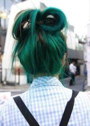 emerald green hair chalk