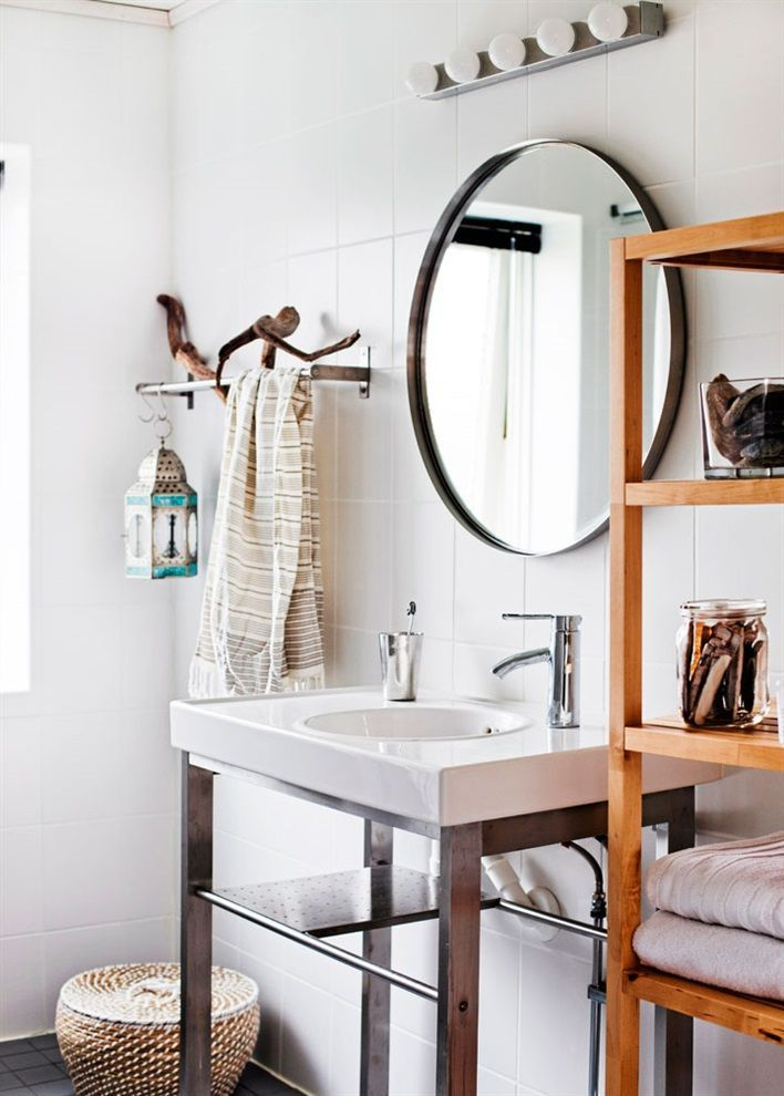 bathroom - simple, modern, bright