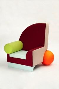 MEMPHIS: chair