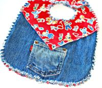 Cute baby bibs from recycled jeans | Up-Cycling | Pinterest