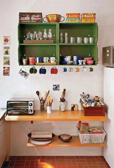 Cocina blanca colorida