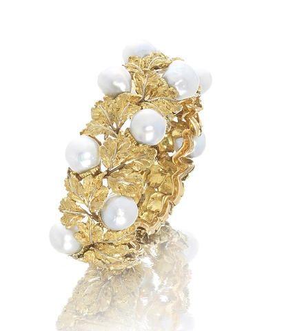 A cultured pearl torque bangle, by Buccellati, circa 1950