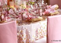 Pink and Gold wedding table setting | Pink Weddings ...