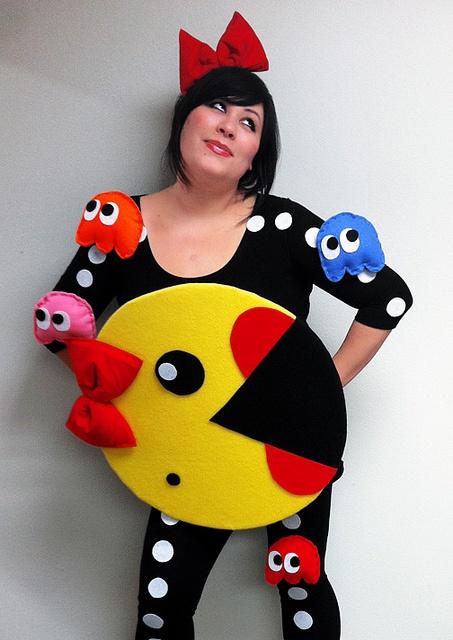 Mrs. Pacman | Pinterest via Geek Paper Scissors  sc 1 st  Cul-de-sac Cool & 15 Coolest DIY Halloween Girls Costumes u2014 Part 2