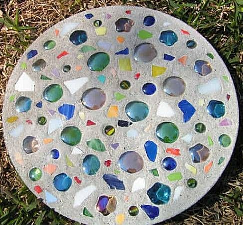 How to Make Stepping Stones (she: Roberta) - Or so she says...
