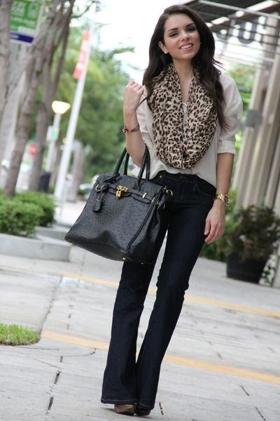 Brown leopard  scarf - navy boot cut   jeans