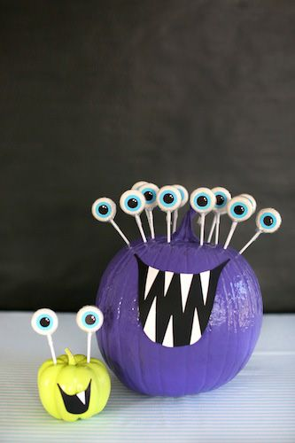 Friendly Monsters Centerpiece, great for kids! #evitegatherings