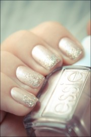wedding day nails. trend glitter