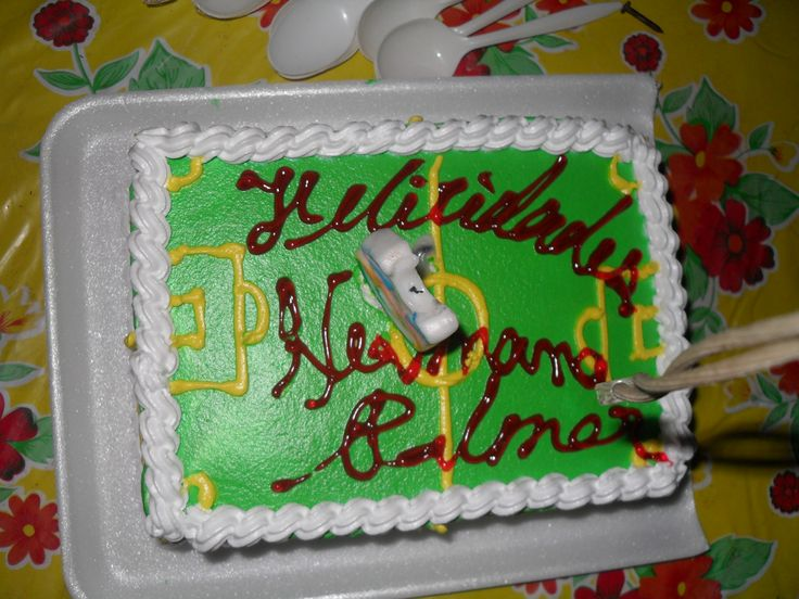 The green cake from the family Serrano