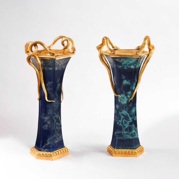 Rare paire de vase en porcelaine de Chine - Epoque Louis XVI © Galerie François Leage