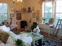 Cottage style living room | Decorating | Pinterest