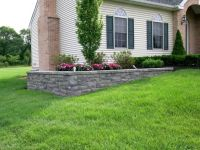 Landscaping Ideas For Backyard With Retaining Wall ...