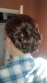 maid of honour hairstyle