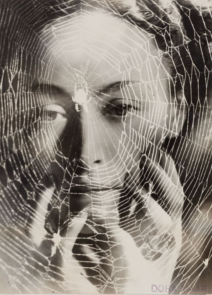 The Years Lie in Wait for You (Dora Maar, 1936)