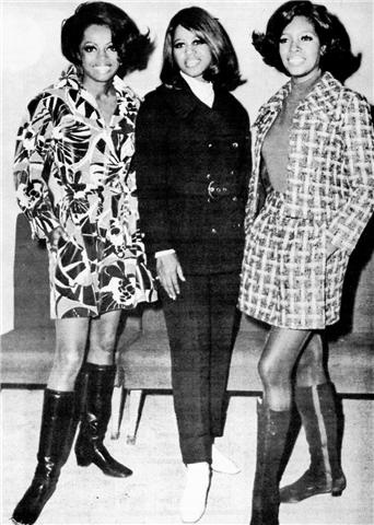 Diana Ross, Cindy Birdsong & Mary Wilson make a public appearance late 60s.