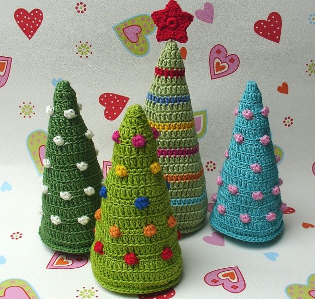 Crochet - Christmas tree decoration Christmas ♥ ♥ Crochet - a designer piece of Elealinda on DaWanda