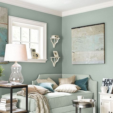 Hmm.....kinda rethinking the gray now for our bedroom after seeing this color....