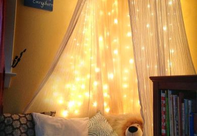 Decorating Bedroom With Christmas Lights